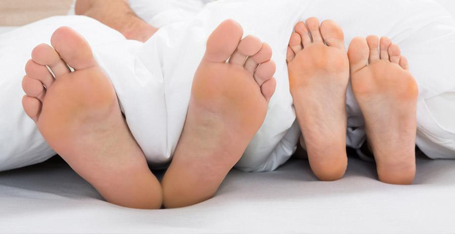 Parihoitona jalkahoito miehille ja naisille